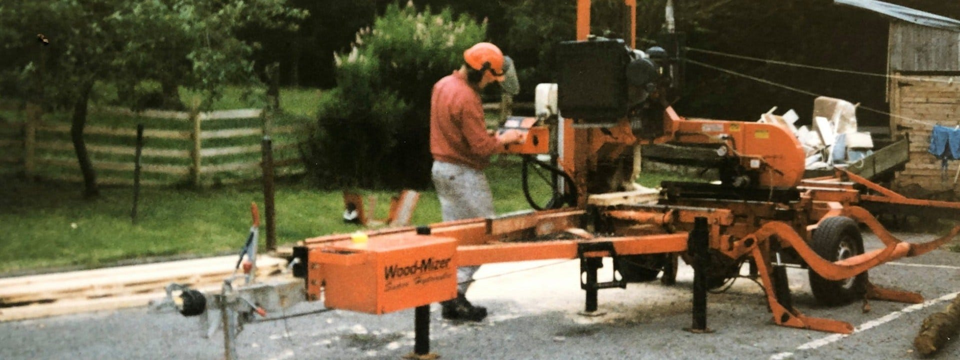 Sawmilling in Wales with mobile Wood-Mizer's LT40