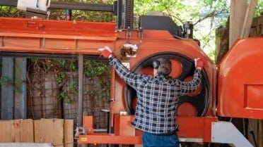 How to service a sawmill