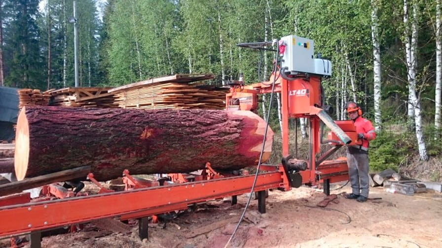 Wood-Mizer mobile sawmill operates right in the woods
