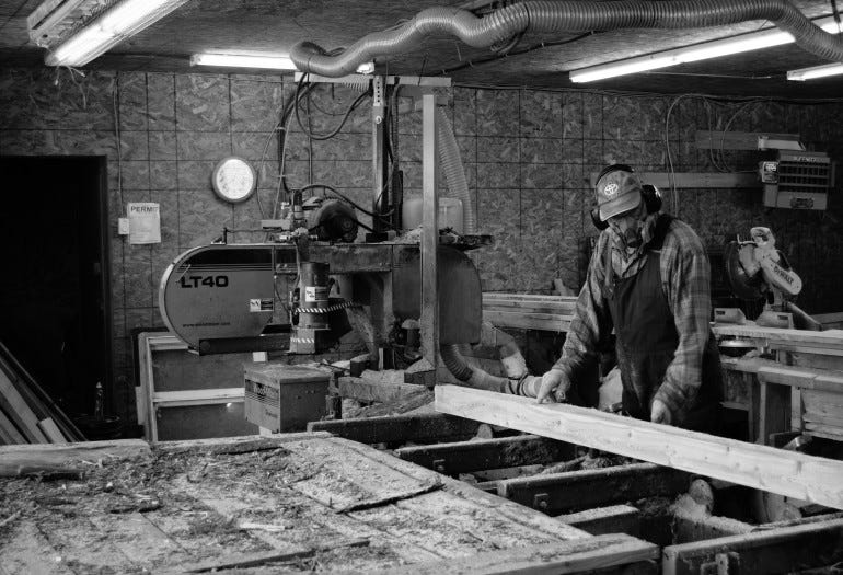 LT40 sawmill operates at Larch Wood Canada workshop