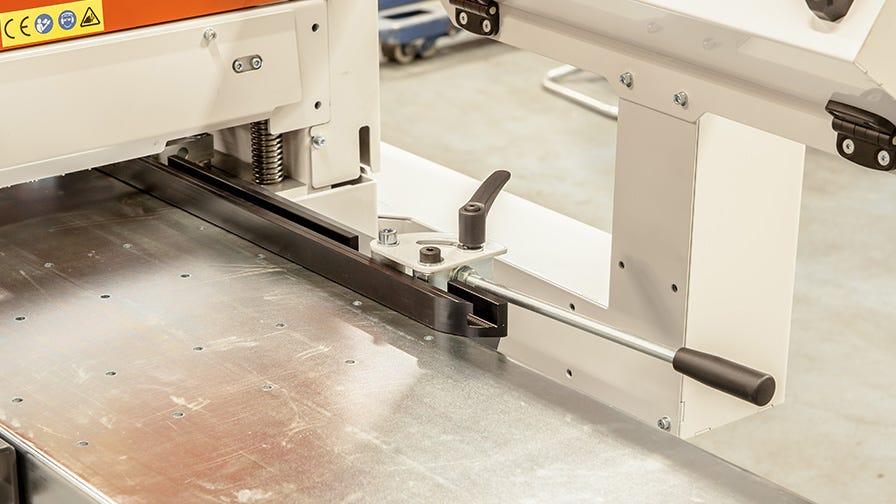 MP360 four sided planer moulder right cutter adjustment lever
